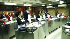 Students in a Città del Gusto class session