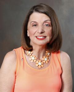 Portrait photo of Lourdes M. España