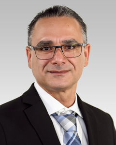 Portrait photo of Alvio Dominguez