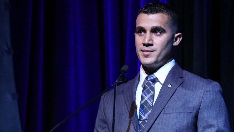 Mikael Alfonso at the podium